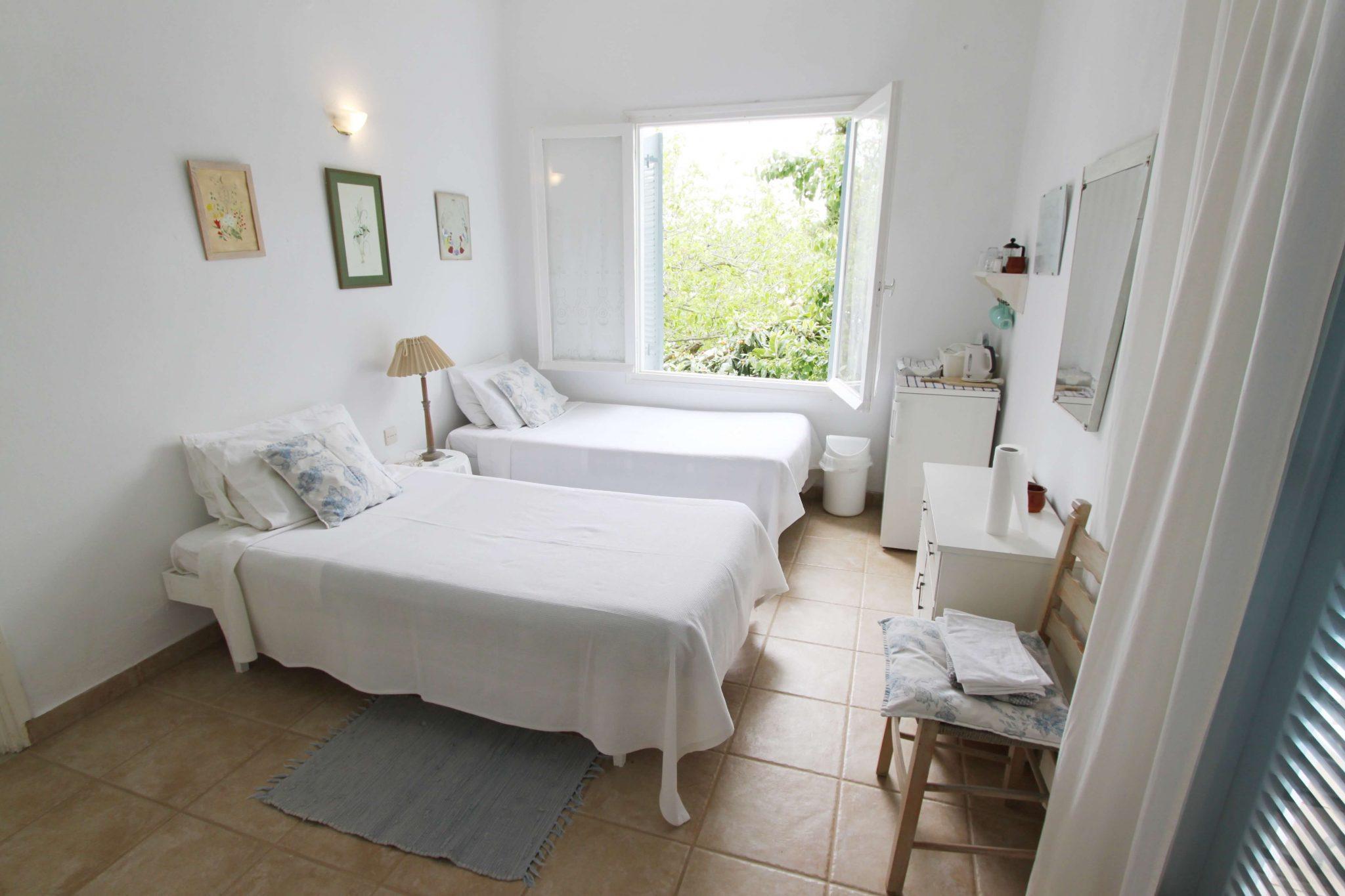 Suite 1 bedroom1