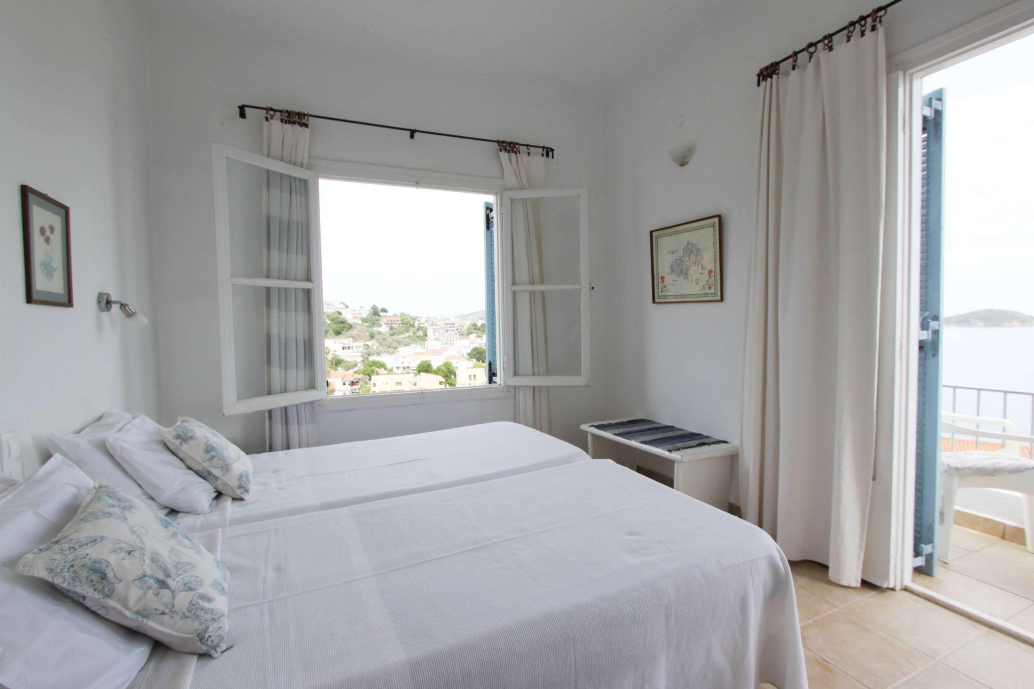 Suite 4 bedroom4